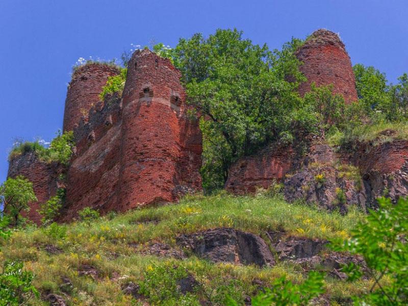 Намерд Гала: секреты одной из самых таинственных крепостей Азербайджана