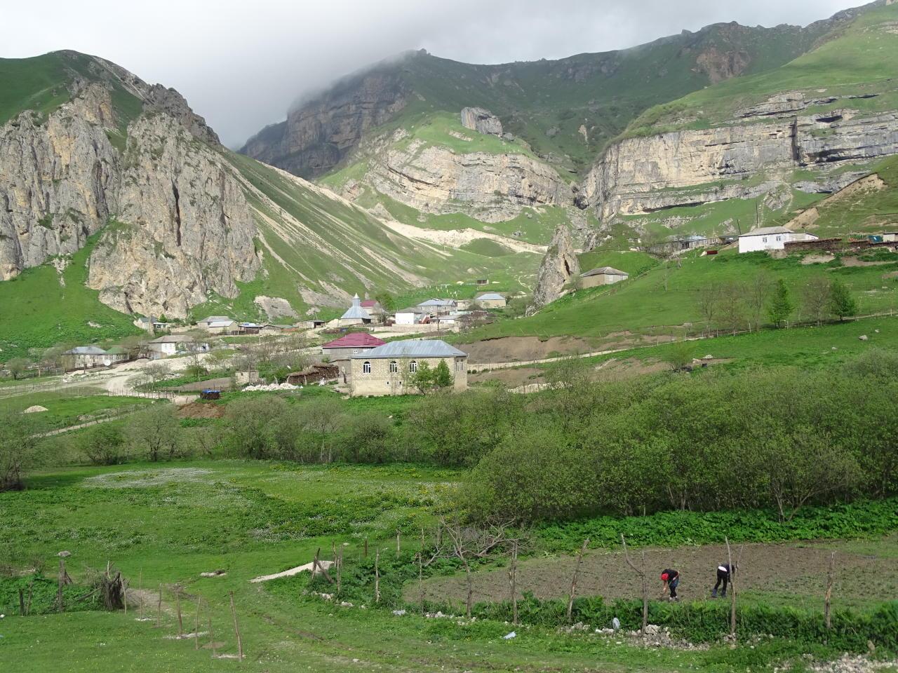Великолепие Гусара и неповторимого селения Лаза