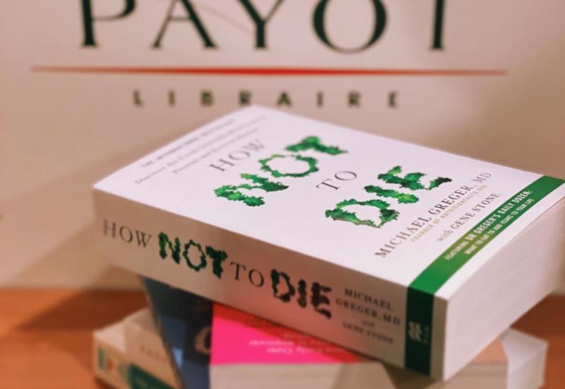 Блогер Зейнаб Джахан выразила любовь книгам