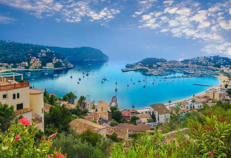 В Испании закрыли 6 крупных пляжей, где не соблюдалась социальная дистанция