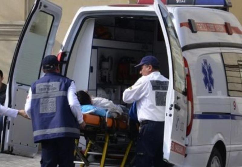 В Баку автобус попал в ДТП, есть пострадавшие