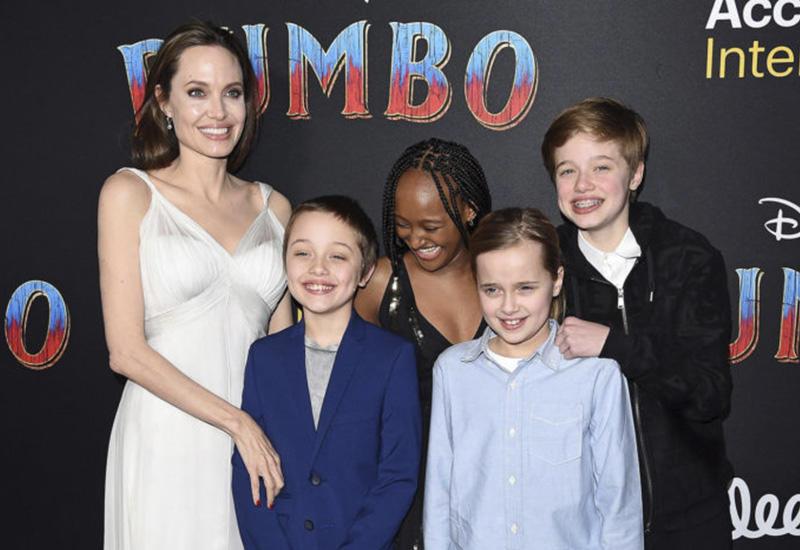 «Я вложила в детей всю свою энергию» - Анджелина Джоли рассказала о своих буднях в самоизоляции