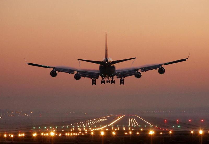 Украина возобновляет авиасообщение с Азербайджаном
