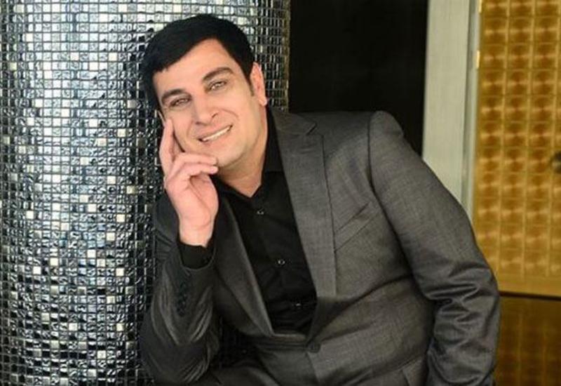 Заслуженный артист Ильхам Асадов прошел вакцинацию от коронавируса