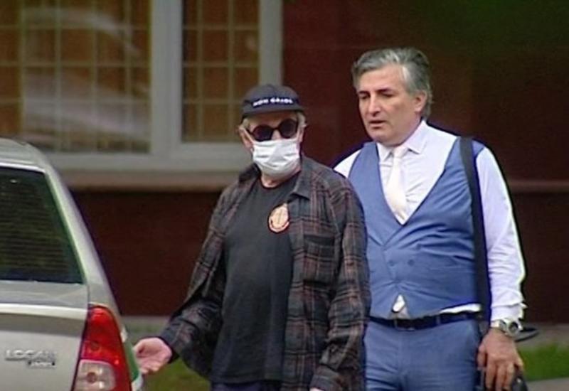 Адвокат Ефремова проведет «жесткий» разговор с артистом