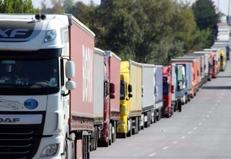 В Азербайджане объем международных автомобильных автоперевозок составил 24 тыс. тонн