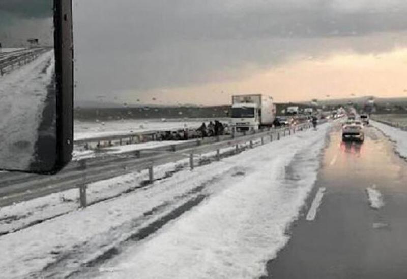 Непогода в Турции привела к серьезным последствиям