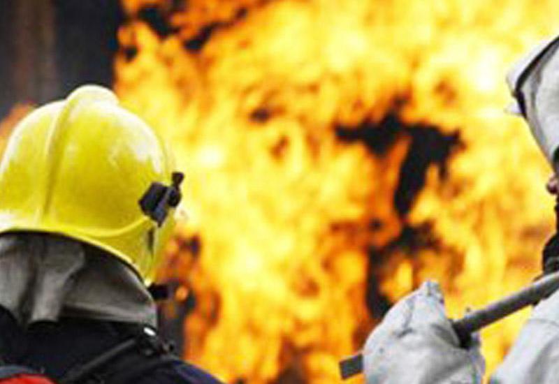 В Саатлы сгорел частный дом