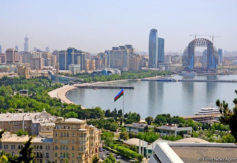 Причина неприятного запаха в Баку