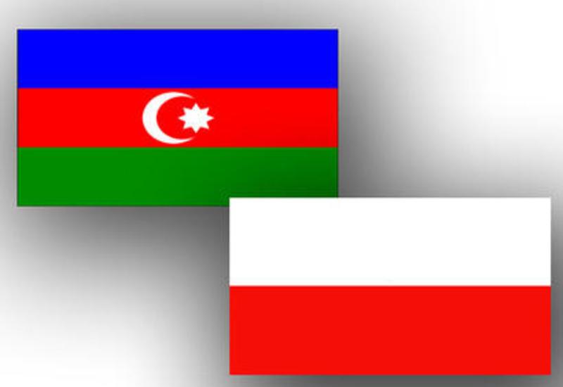 Польша поддерживает транспортные коридоры, проходящие через Азербайджан