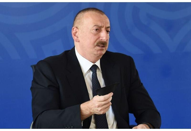 Президент Ильхам Алиев: Во всех закрытых местах я надеваю маску. Ну, хорошо, если Президент это делает, почему не могут делать другие?