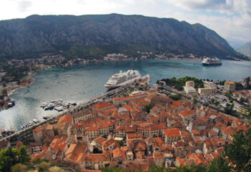 Черногория утратила статус свободной от коронавируса страны
