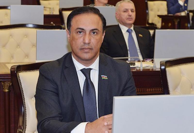 Эльман Насиров: Правительство Народного фронта предало Азербайджан
