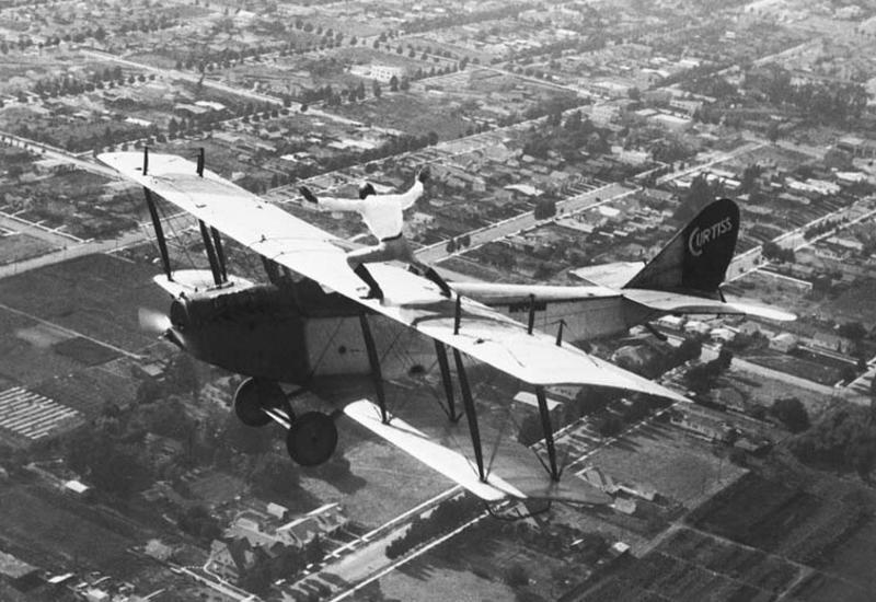 Игры со смертью на крыльях самолёта