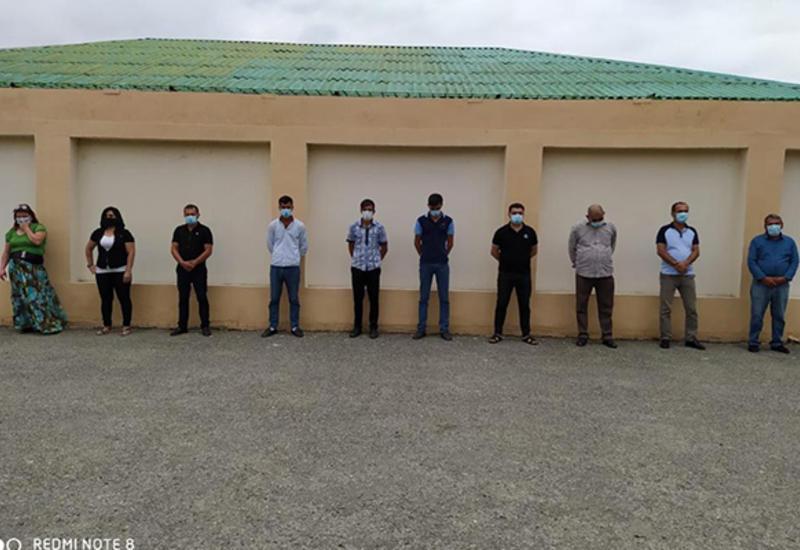 В Агдаше оштрафовали лиц, собравшихся на открытие ресторана