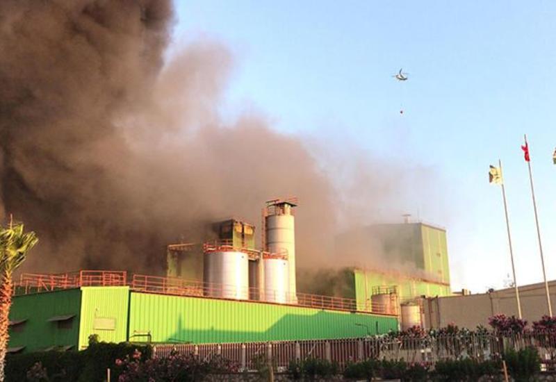 В Турции вспыхнул пожар на крахмальном заводе