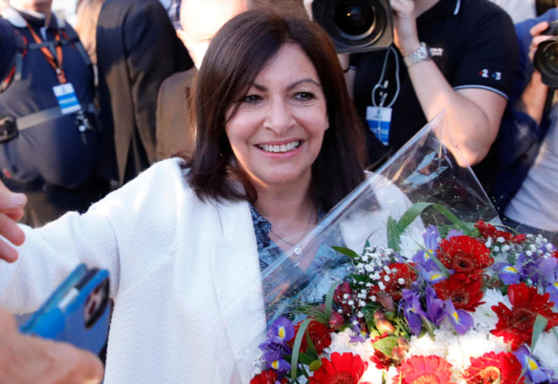 На выборах в Париже победила действующий мэр города