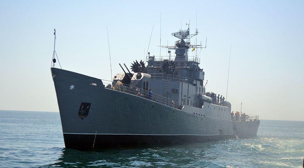 Экипаж сторожевого корабля провел тренировки с боевой стрельбой