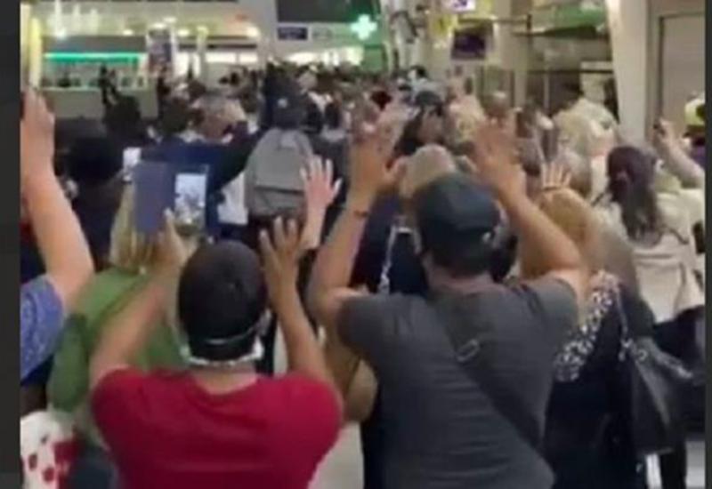 В Париже полицейская операция вызвала панику