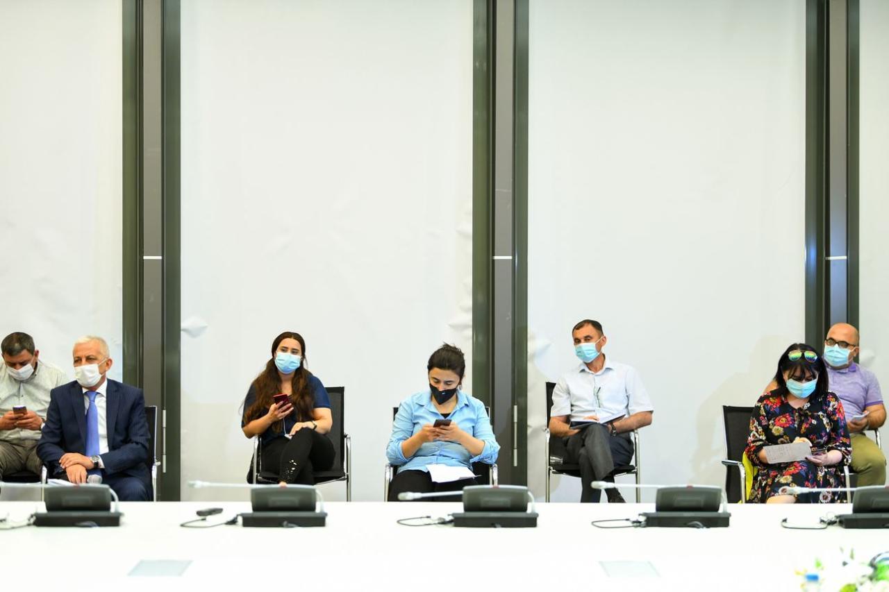 Sahibkarlığın güzəştli maliyyələşdirilməsi və Elektron Kredit Platformasının təqdim ilə bağlı brifinq keçirilib