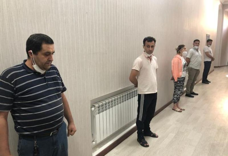 Оштрафованы 5 человек, отмечавших день рождения в Баку