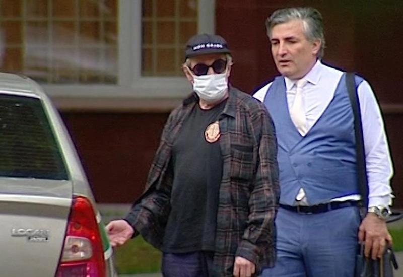 Адвокат Ефремова опроверг информацию о завершении расследования дела о ДТП
