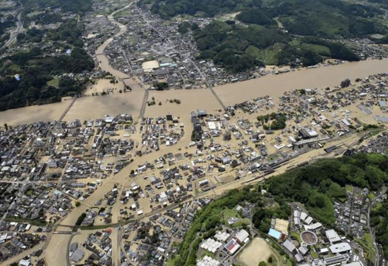 В Японии объявили эвакуацию из-за ливней