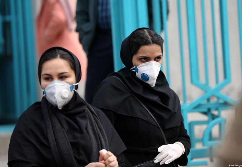 За сутки в Иране коронавирусом заразились еще 2 434