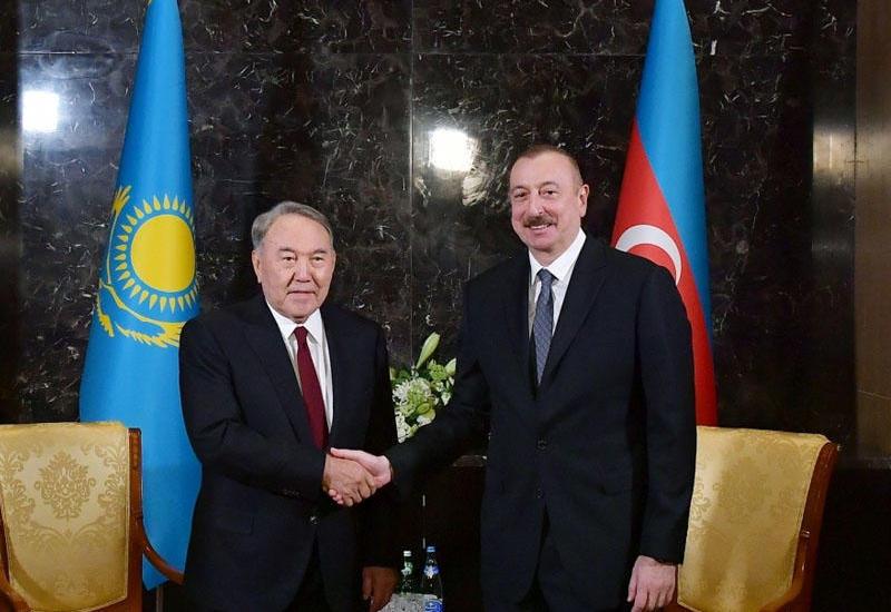 Президент Ильхам Алиев позвонил Нурсултану Назарбаеву