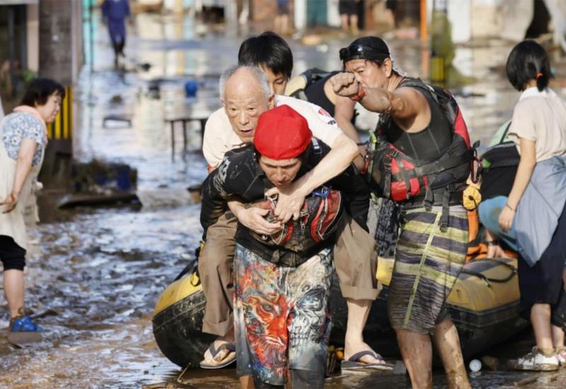Япония эвакуирует почти 1,3 млн человек из-за ливней