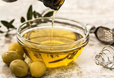 """Оливковое масло способствует похудению <span class=""""color_red"""">- ФОТО</span>"""