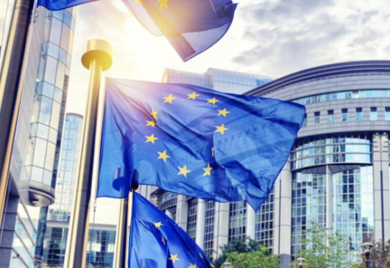 Еврокомиссия договорилась с фармкомпаниями о поставке лекарств от COVID-19