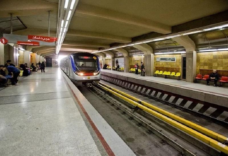 В метро Тегерана столкнулись два поезда