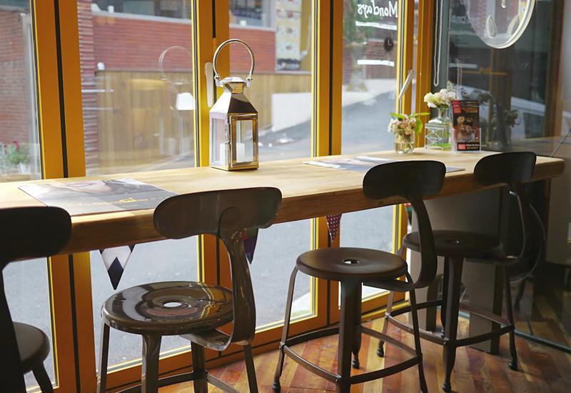 Обнаружено еще одно кафе, нарушившее карантинные правила