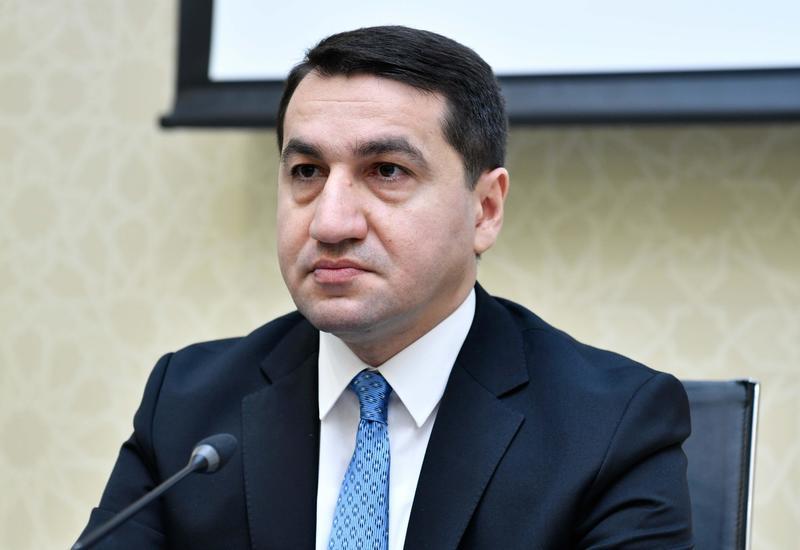 Хикмет Гаджиев: Я также пользуюсь общественным транспортом, могу показать проездную карту