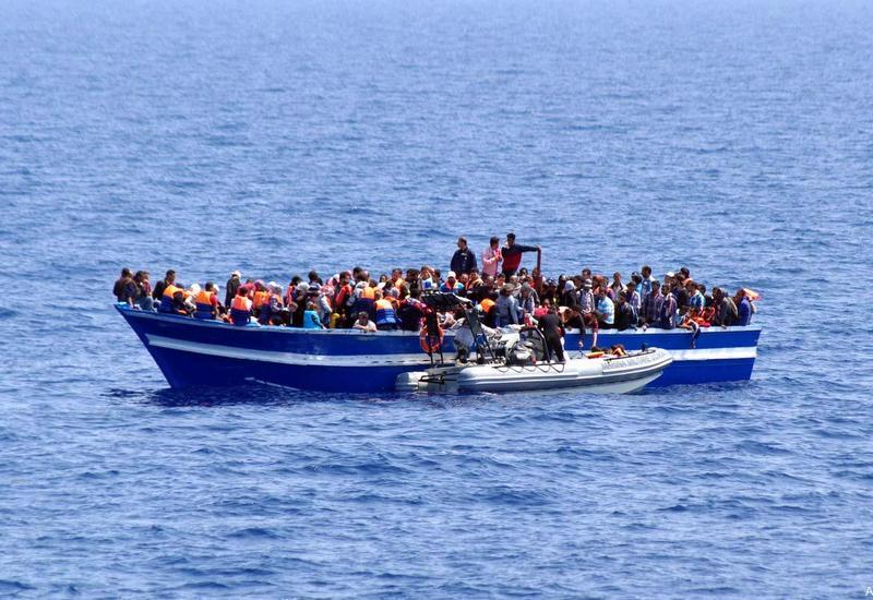 У берегов Турции спасли около 30 мигрантов