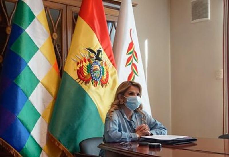 Временный президент Боливии заразилась коронавирусом