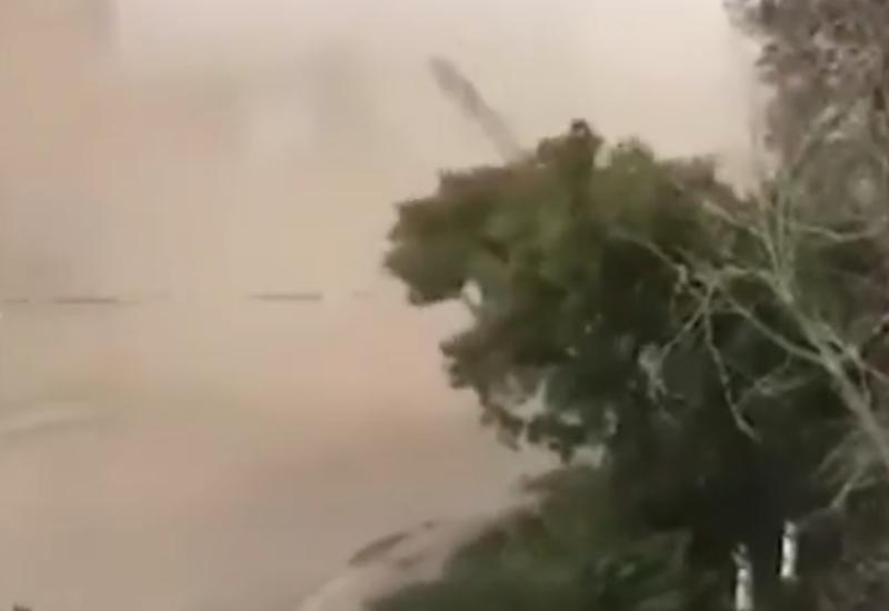 Ураган снес крыши в одном из городов Казахстана
