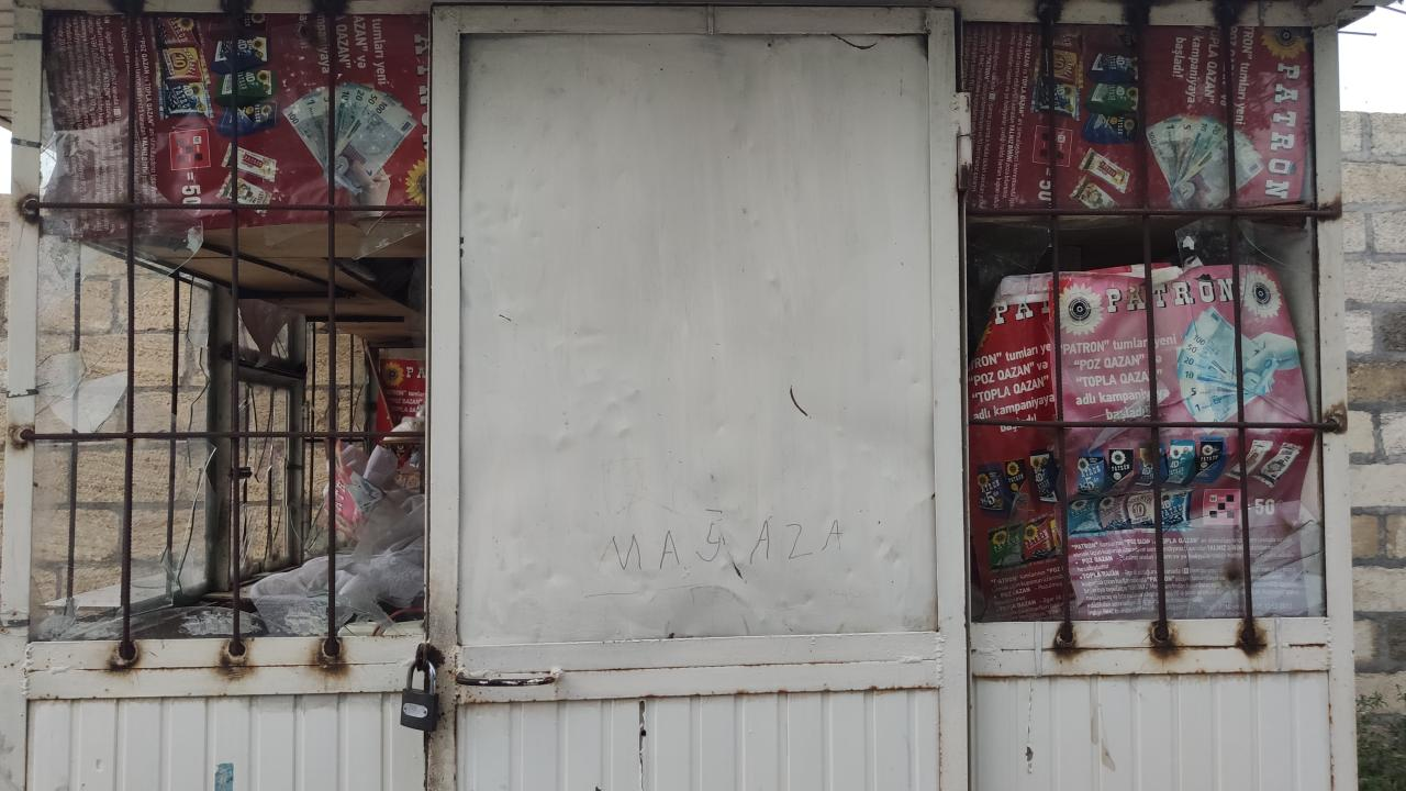Cнаряд, выпущенный армянами, попал в этот дом