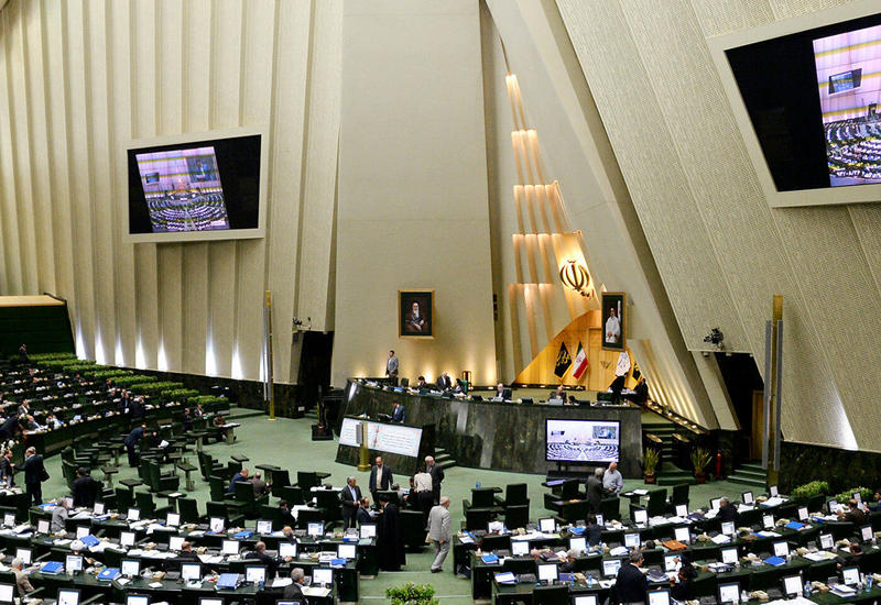 В Иране депутат парламента умер от коронавируса