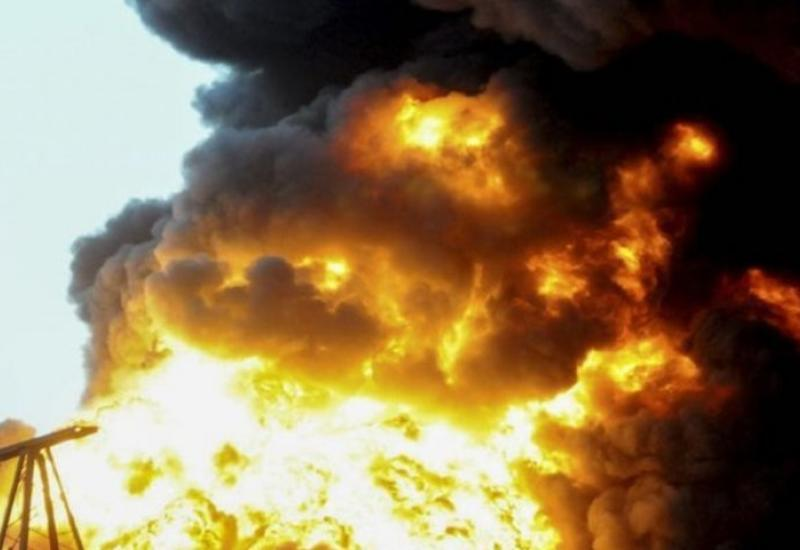 В Гяндже на автозаправочной станции произошел взрыв