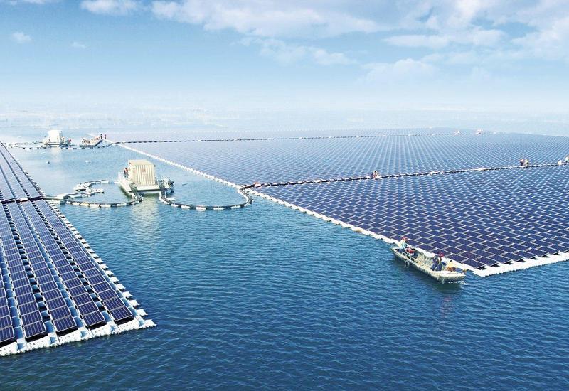 Азербайджан построит плавучую солнечную электростанцию