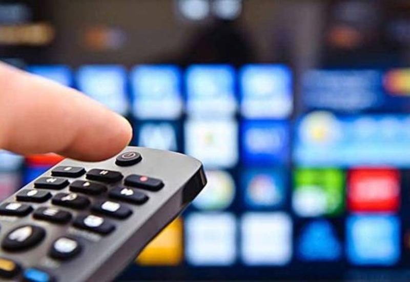 Азербайджанские телеканалы прервали трансляции музыкальных и развлекательных передач