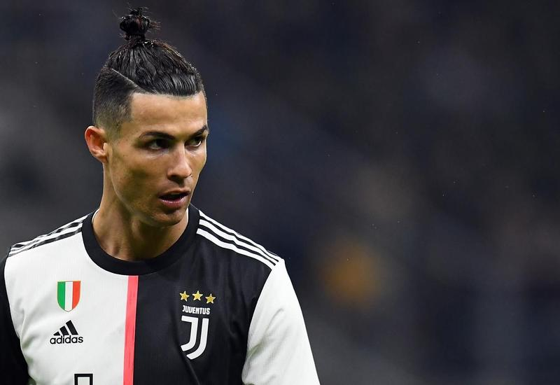 Роналду не попал в топ-три рейтинга лучших футболистов в истории