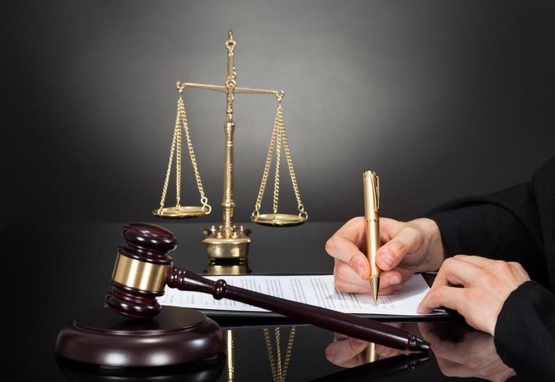 В Армении арестованы двое судей