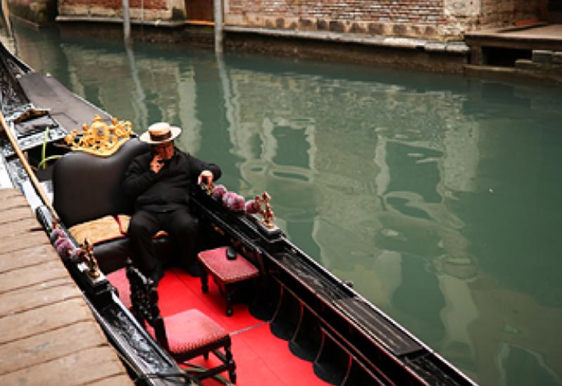 В Венеции появились новые ограничения из-за растолстевших туристов