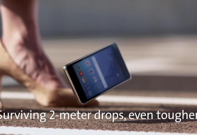 Новое стекло поможет смартфонам Apple и Samsung пережить падение с 2 метров