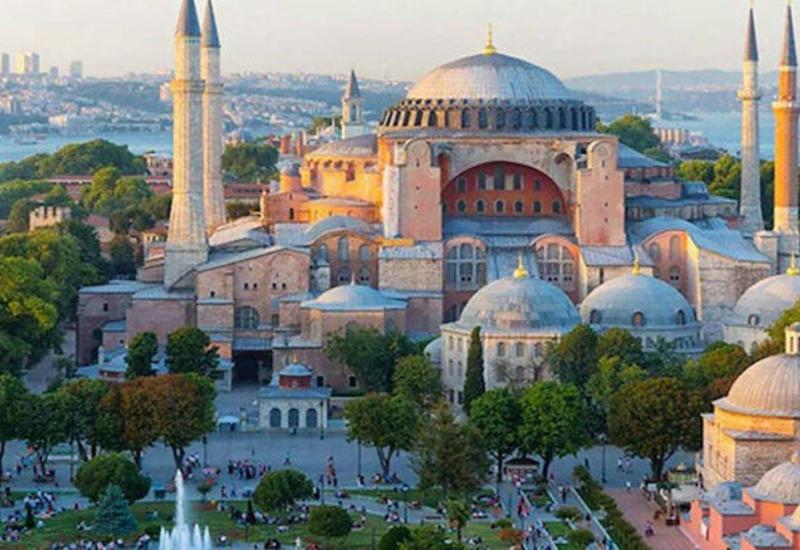 В Айя-Софии пройдет первая за 86 лет пятничная молитва мусульман