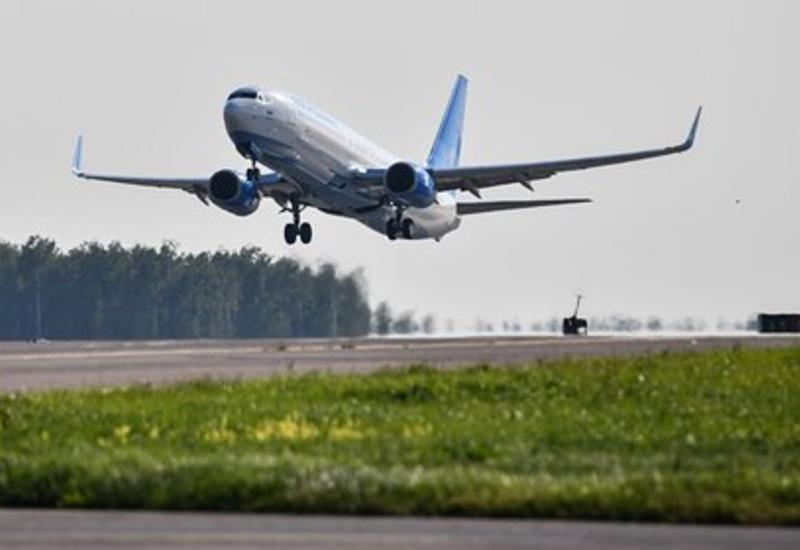 Российский самолет прервал полет из-за закурившего пассажира