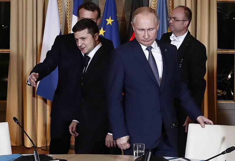 Путин провел телефонный разговор с Зеленским